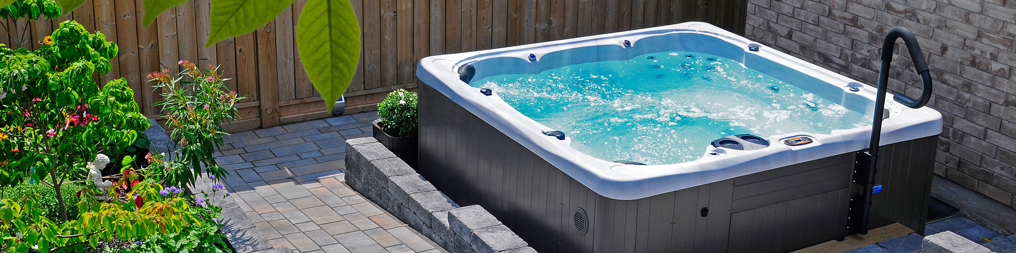 Hydropool Serenity 7000 Hot Tub in Garden