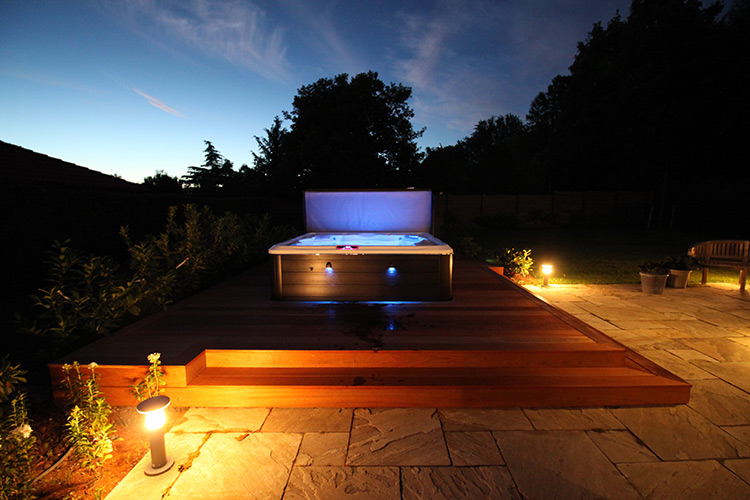 hot tub with lighting